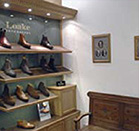 loake-benelux-2011-first-shop