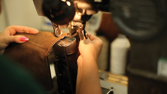 loake-benelux-craftmanship-2-closing